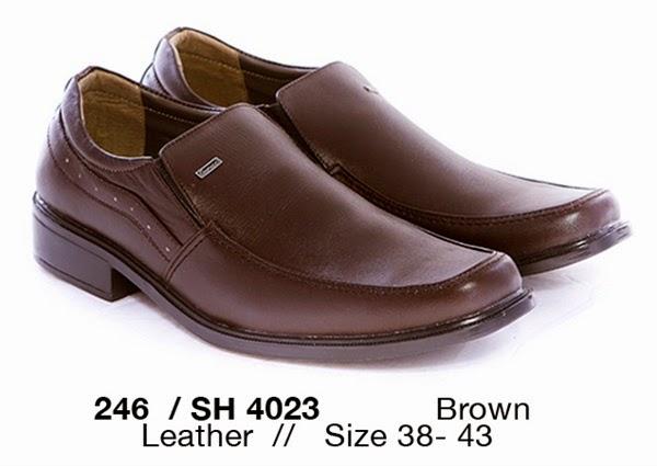 Sepatu formal pria modern, sepatu kerja pria cibaduyut murah, gambar sepatu kerja pria modis, toko sepatu onlien casual pria
