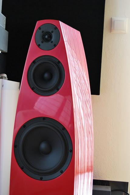 Mono and Stereo High-End Audio Magazine: EMMESpeakers BETA speakers ...
