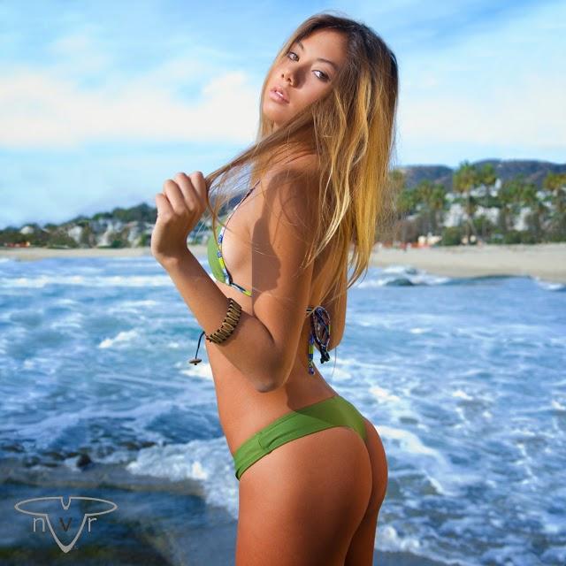 Big booty latina porn pics