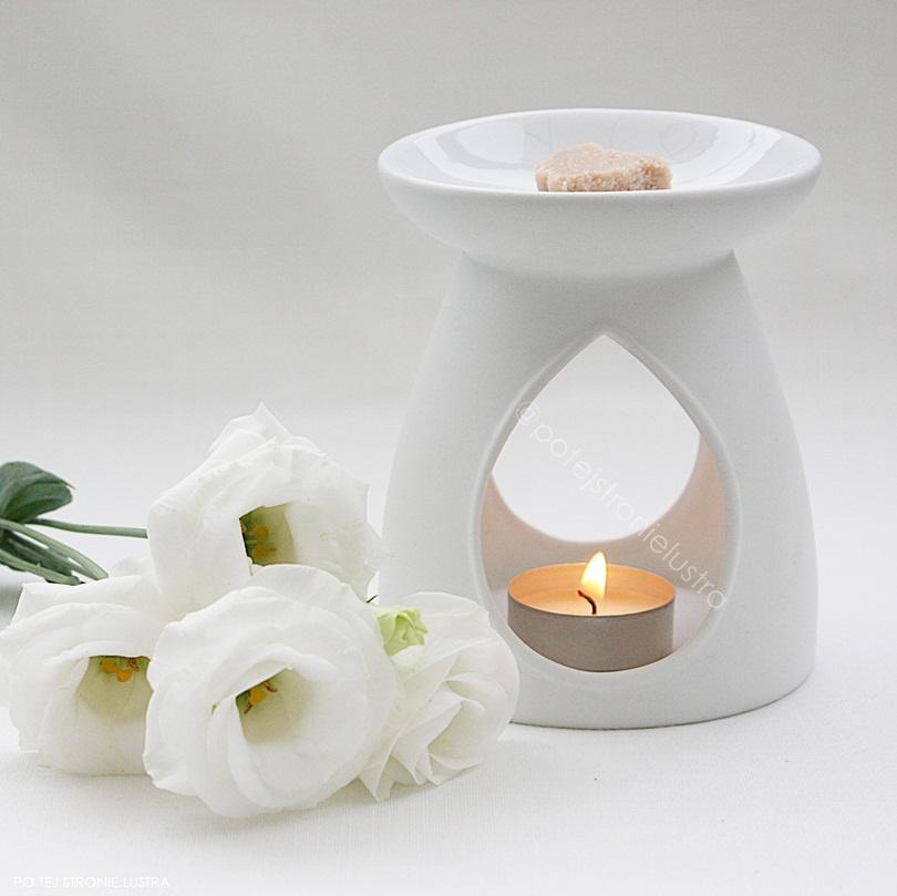 biały kominek yankee candle