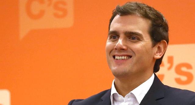 Rivera rechaza subir el salario mínimo interprofesional a 900 euros