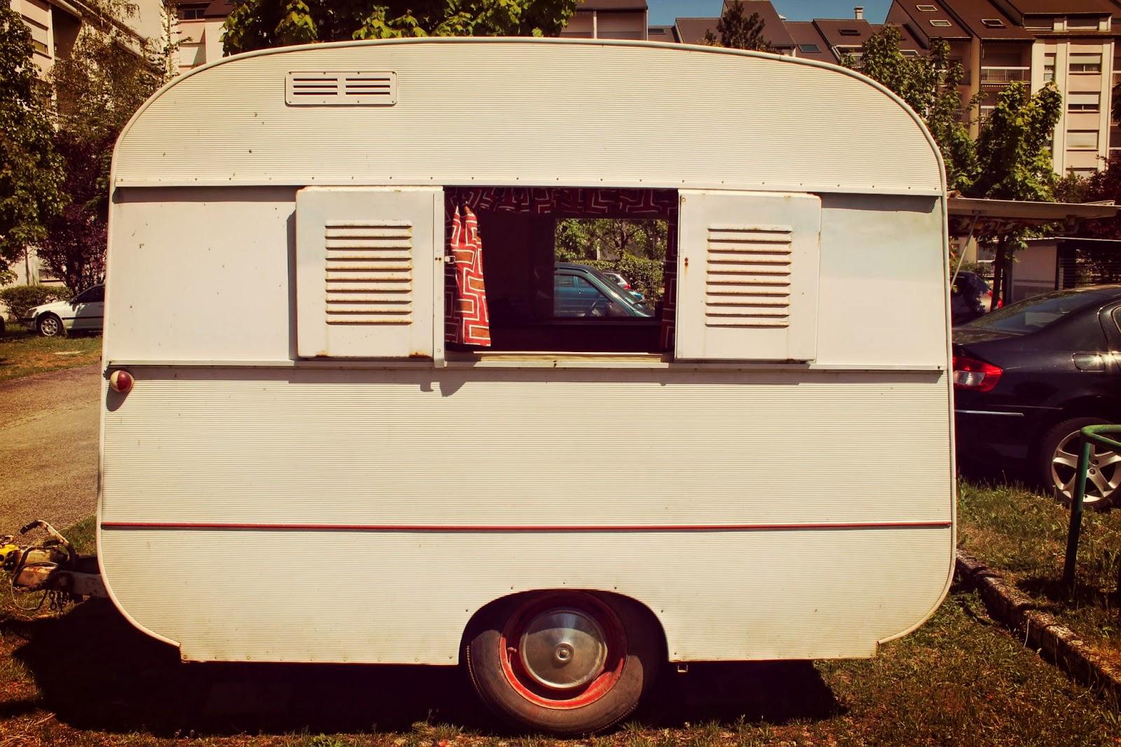 A boho life for me une petite caravane pour partir l Peindre interieur caravane