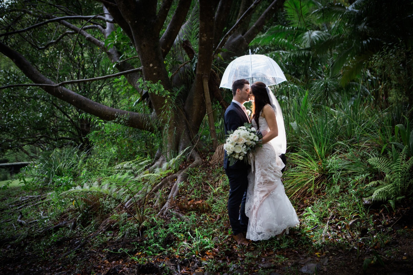 ROBINSON CREATIVE GOLD COAST REAL WEDDING GARDEN VENUE BRIDAL GOWN