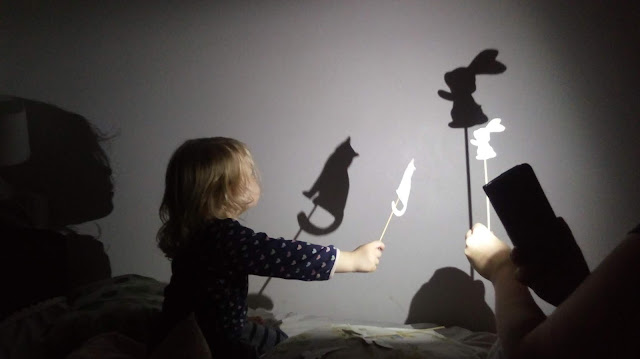DIY dla dzieci: zabawa cieniem zabawa dla dwulatka