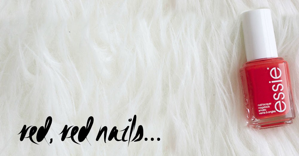My Ultimate Summer Nail Polish Shade: Essie Fifth Avenue | Pam Scalfi♥