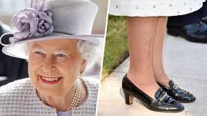 شاهد أغرب وظيفة داخل القصر الملكي البريطاني !!