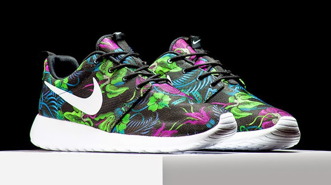0a65dc30cc71 Nike Roshe Run Floral Pattern