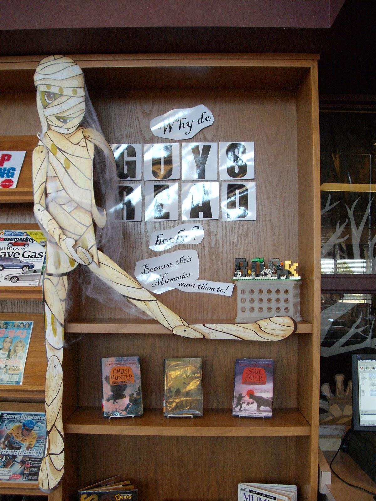 Creative Library Displays