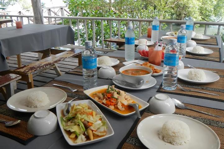 Еда в Таиланде — что нужно знать и как правильно есть