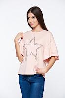 Tricou rosa casual din bumbac elastic cu croi larg cu aplicatii cu perle •