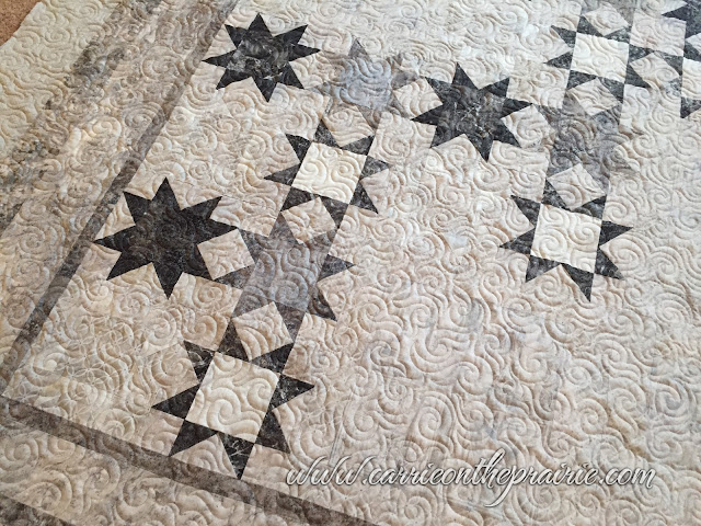 http://carrieontheprairie.blogspot.ca/2017/07/starry-summer-bed-quilt.html