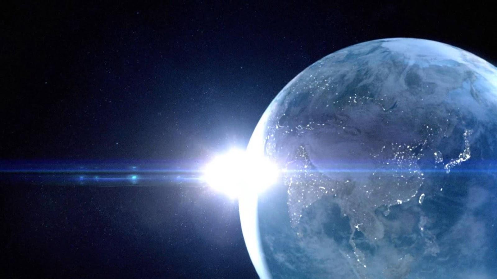 差し込む光の宇宙画像