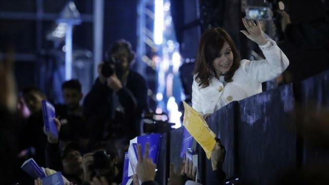 Alertan de posibilidad de asesinato de Cristina Fernández
