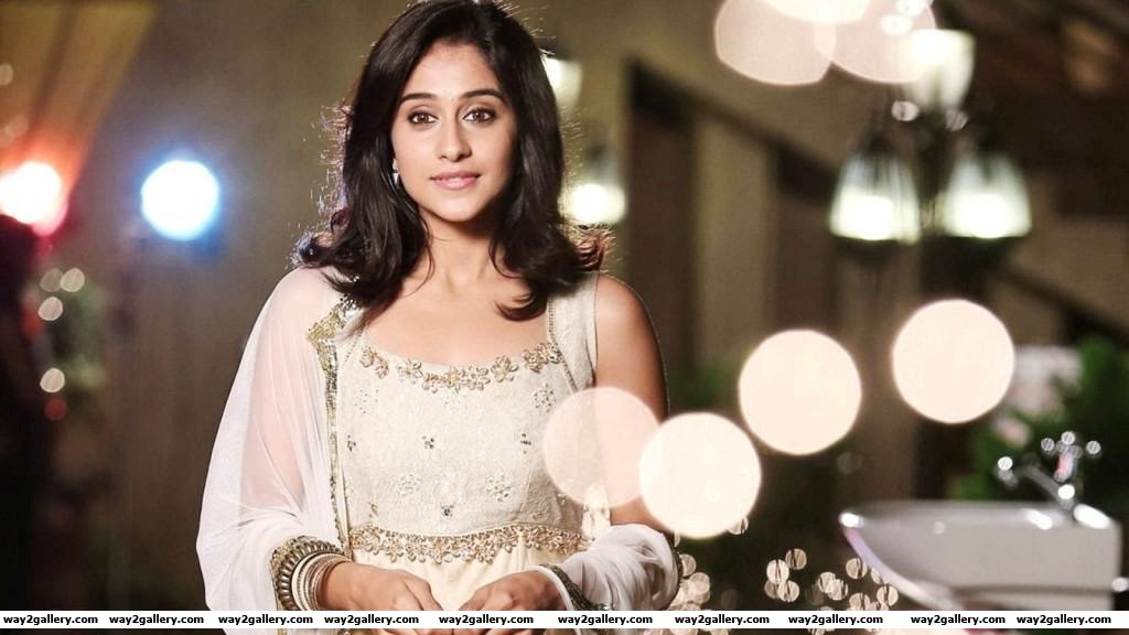 Regina Cassandra cute stills and Regina Cassandra hot stills 19