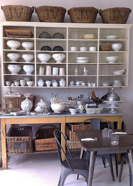 Natural Home Design: Recycled Country Kitchen Shelves