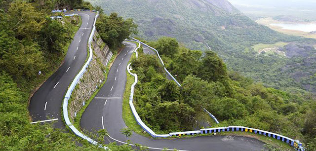 Highway turns in Ooty