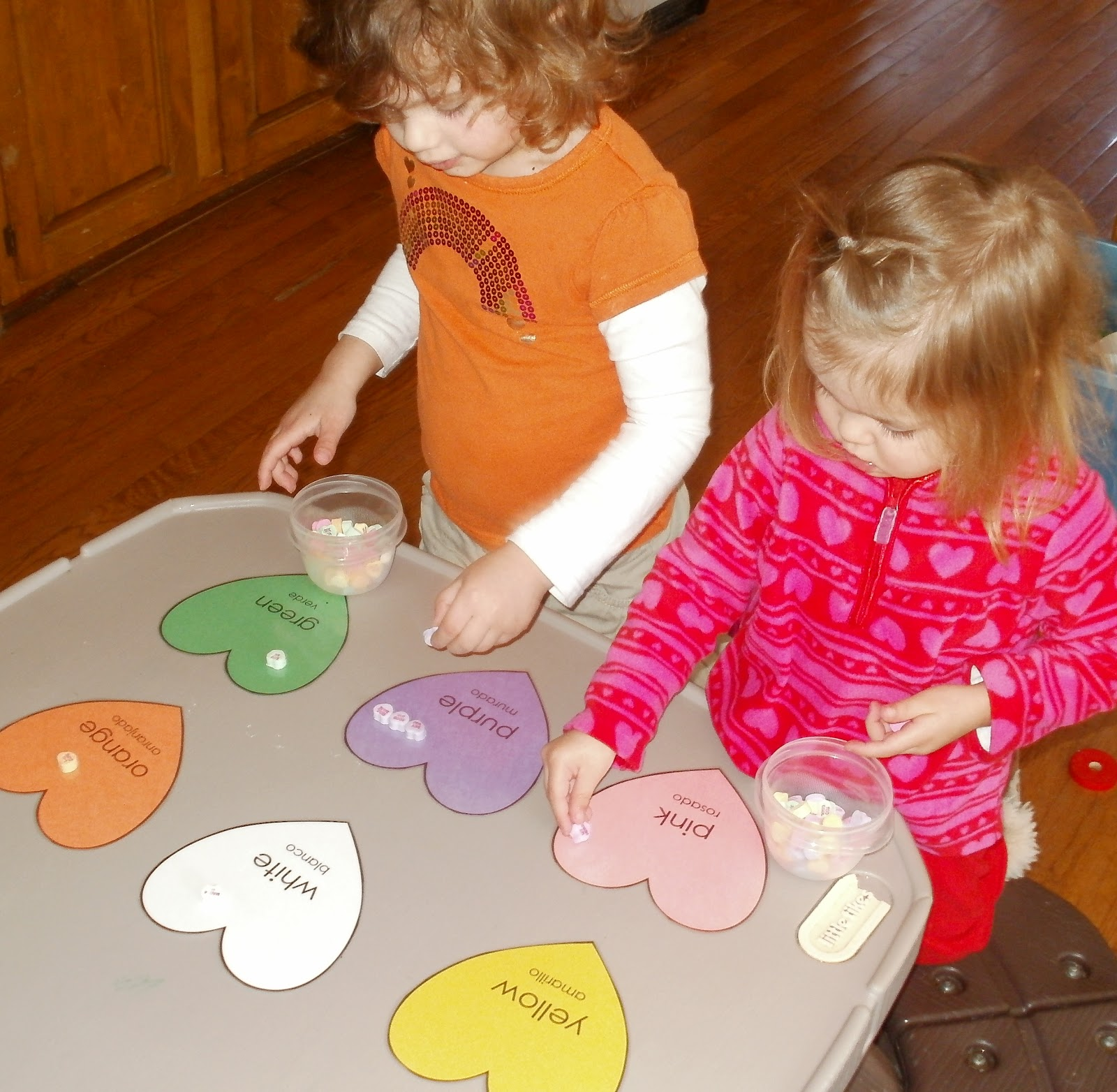 Little Stars Learning: Color Hearts Sorting