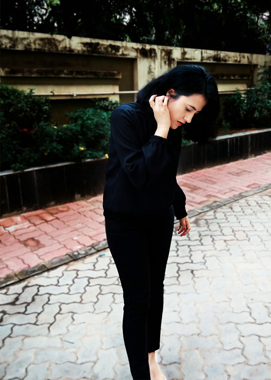 BLACK TOP, FASHION BLOGGER, INDIAN STYLE BLOGGER