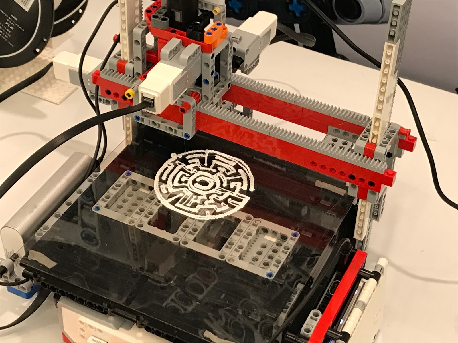 3D Printers Made with MINDSTORMS | The NXT STEP is EV3 - LEGO
