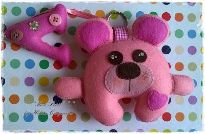 chaveiros-em feltro-fofo-personalizados-urso-letra em feltro