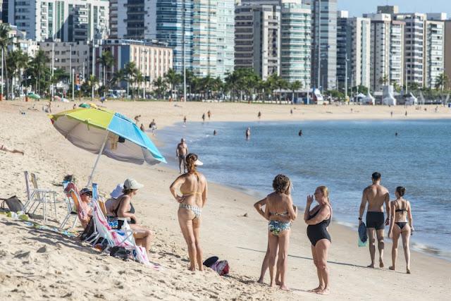 Praias de Vitória estão impróprias ou interditadas para banho