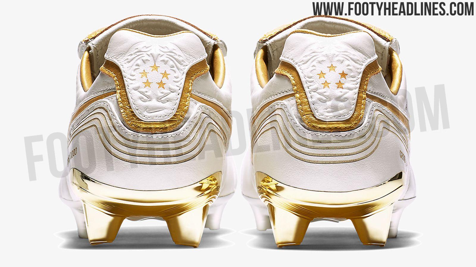 buy popular e3dda c7c87 Nike Release Remake Of 2005 Tiempo's Worn By Ronaldinho ...