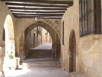 Calaceite, calles, arco, portal