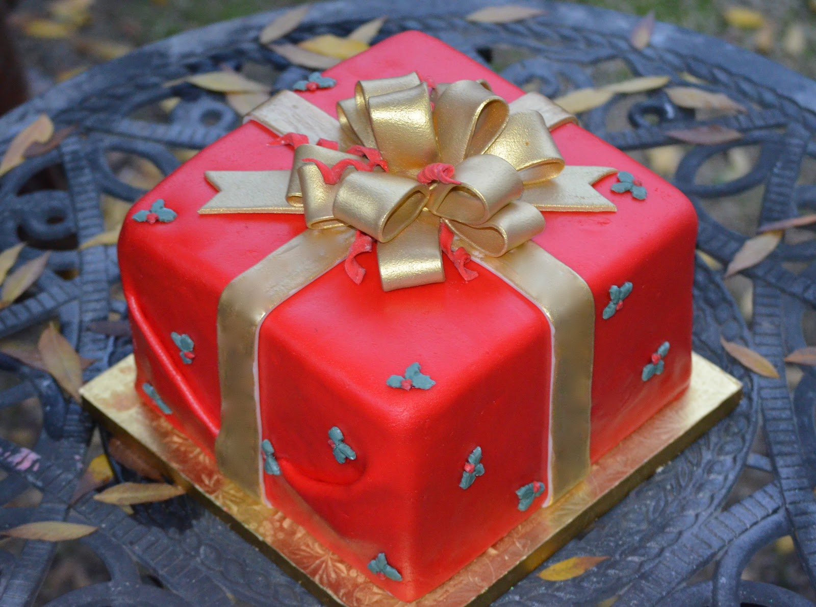 M S Christmas Chocolate Present Cake
