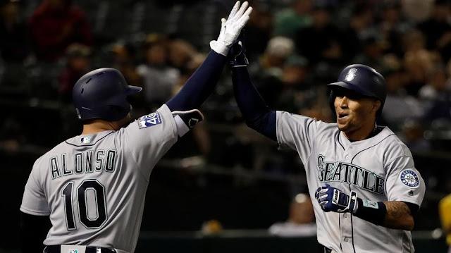 Yonder Alonso y Leonys Martín jonronearon en el triunfo de Seattle