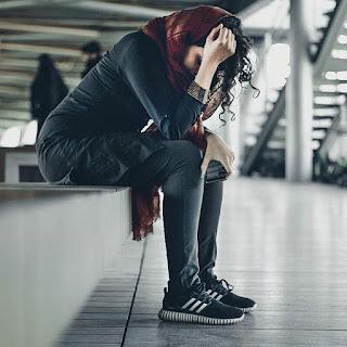 sad whatsapp dp for girls