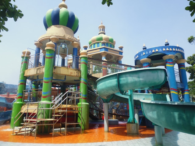 Waterpark Di Surabaya