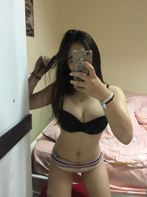 u6V00Dggwrg wm - Beautiful Thai girl from a sexy selfie before being naked 2020