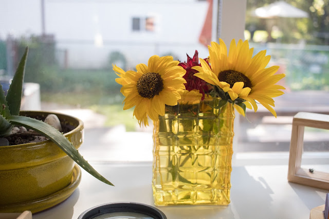 Flower arranging with your child. Some thoughts on making this Montessori practical life activity available in your home.