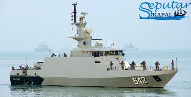 Kapal Perang KRI Kujang 642