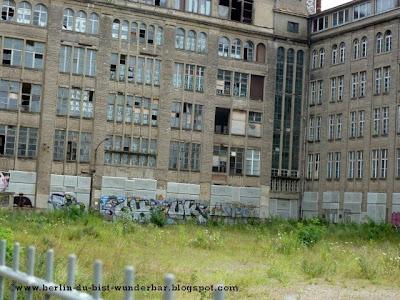 der berliner nordbahnhof berlin du bist wunderbar unbekannte orte street art urbex. Black Bedroom Furniture Sets. Home Design Ideas