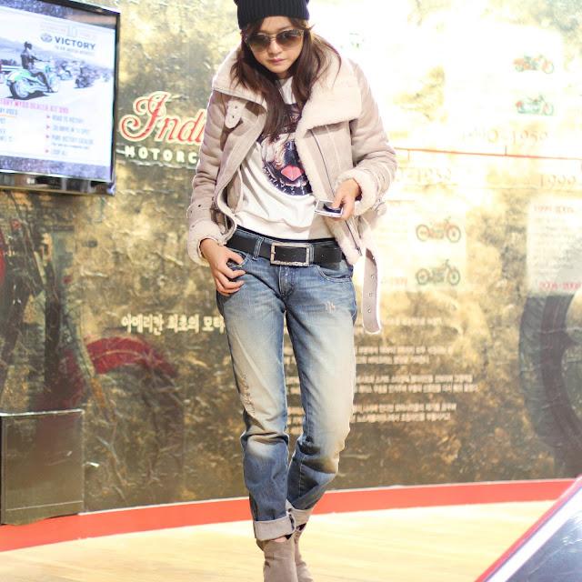 дизель джинсы, Diesel, очки gucci, дикер ботинки, бойфренд джинсы, фешн блоггер, дубленка, дубленка косуха, очки, бини, свитшот, made in korea, zoyaslookbook