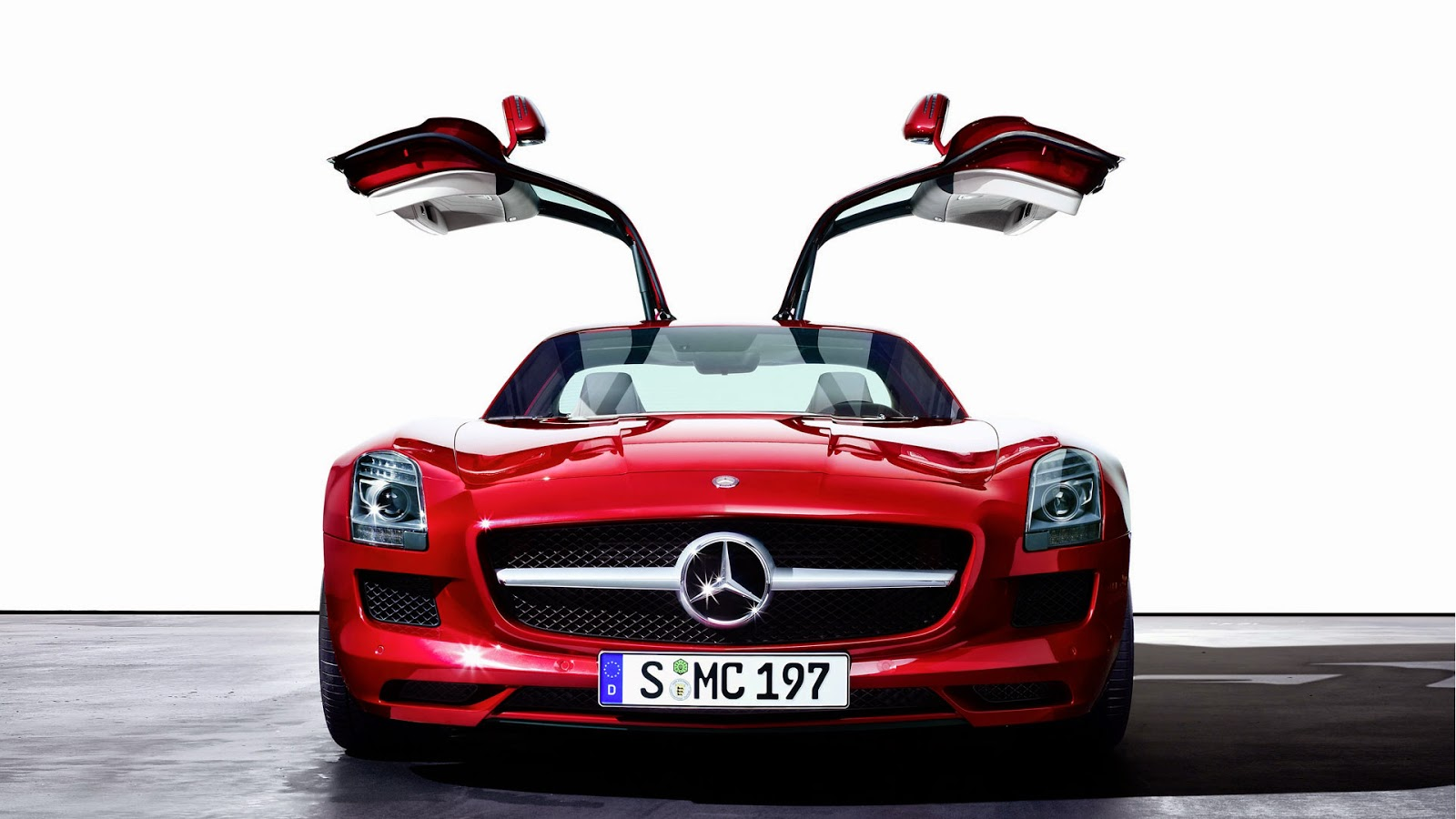 Gambar Mobil Balap, Mobil Sport, Dan Mobil Mewah Yang