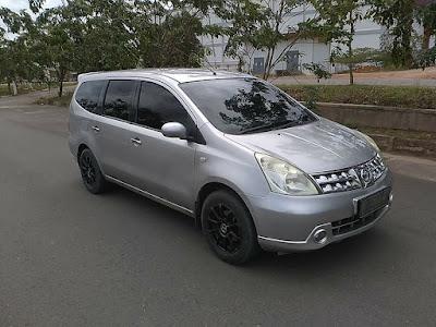 Dijual Mobil Bekas Nissan Grand Livina XV 1.800cc Dohc Cvt