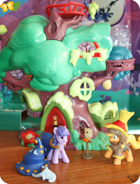 My little pony - fiendship is magic - la bibliothèque de Golden Oak