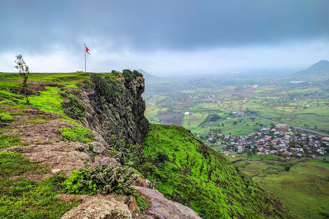 Nashik tourist places, Places to visit in nashik, Tourist place in nashik, Tourist places near nashik
