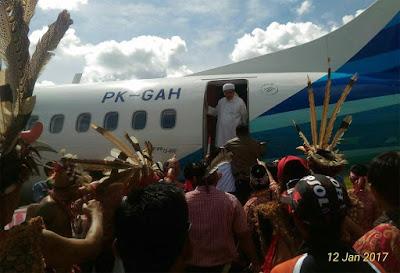 Kronologi KH Tengku Zulkarnain mendapat ancaman saat turun dari pesawat