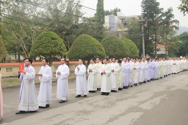 Lễ truyền chức Phó tế và Linh mục tại Giáo phận Lạng Sơn Cao Bằng 27.12.2017 - Ảnh minh hoạ 89