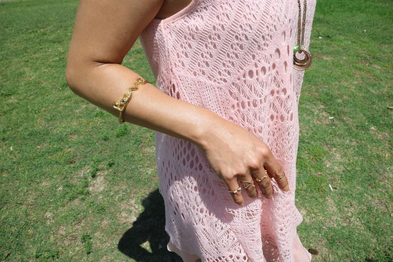 Love jewelries