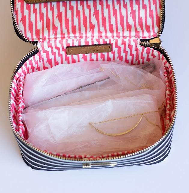 Glad Press and Seal to help protect your jewelry with Stella and Dot jewelry case