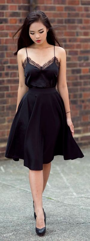 Top 5 Stuning Black Little Black Dresses