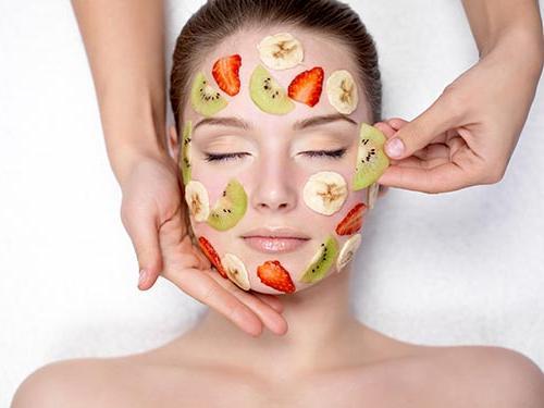 Làn da dễ bị dị ứng có nên đắp mặt nạ không?