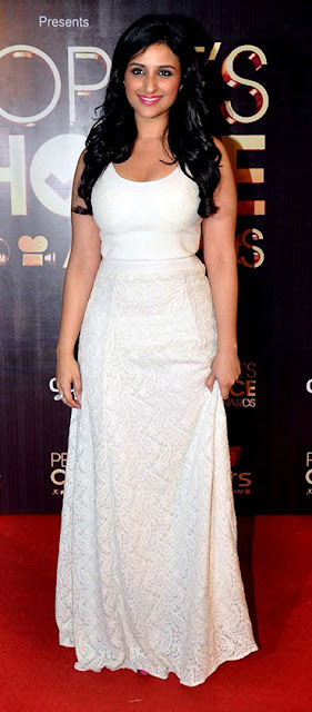 Parineeti chopra white dress I  fashion, style tips