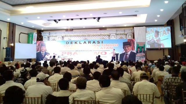 Ribuan Alumni Perguruan Tinggi di Sumsel Deklarasi Dukung 02