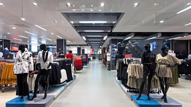 7 Helpful Tips For Running A Clothing Store