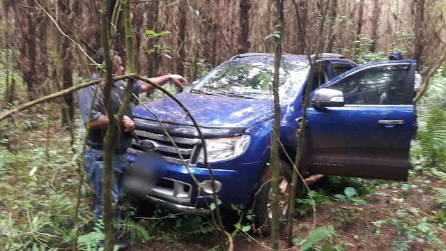 Recuperaron una camioneta robada y oculta en el monte